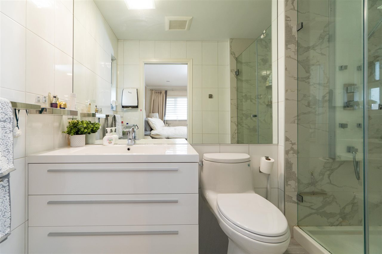 10291 HOLLYWELL DRIVE : [15]