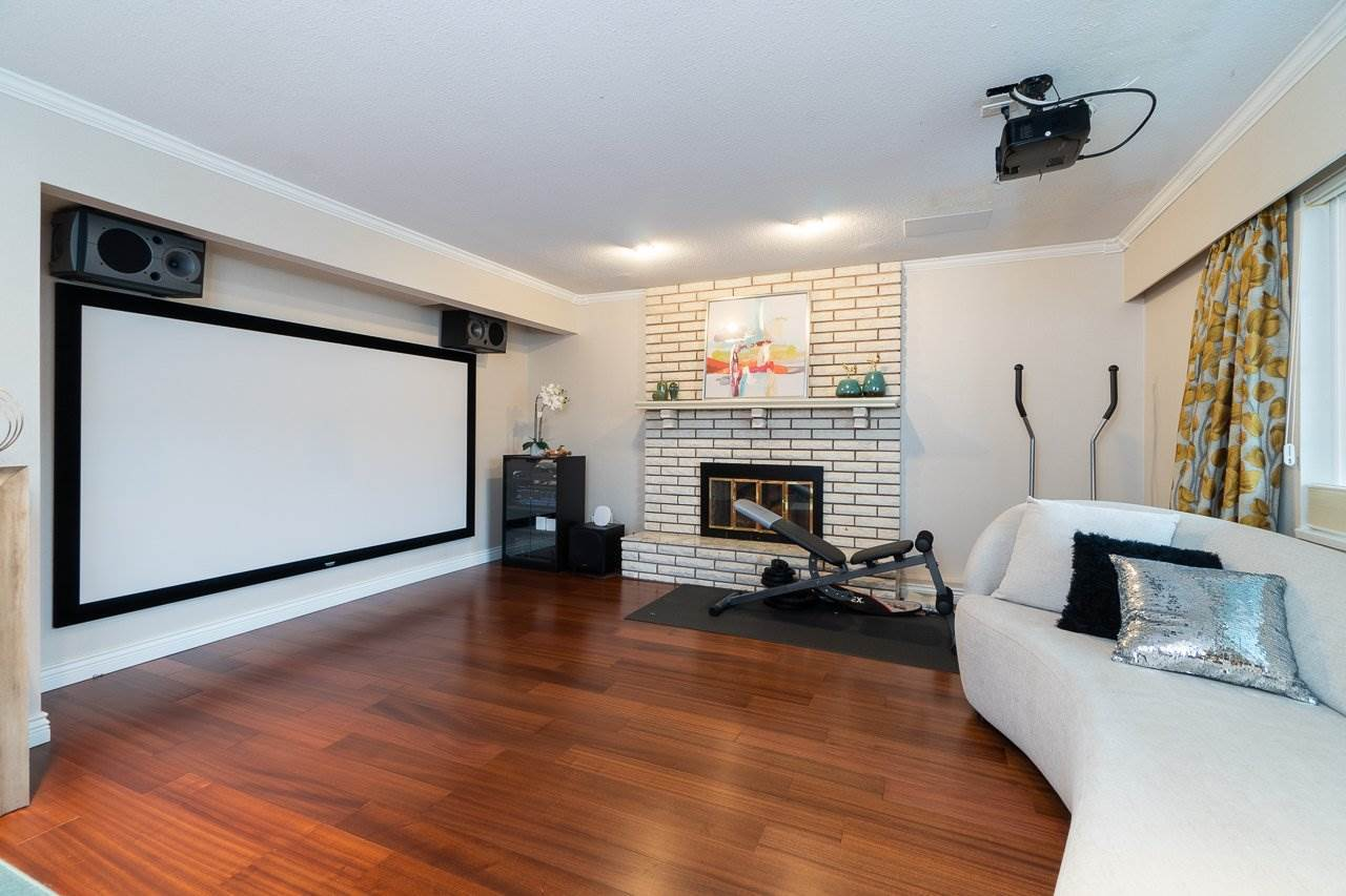 10291 HOLLYWELL DRIVE : [22]